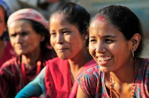 Women in Nepal (Photo credit: Neil Palmer/CIAT)